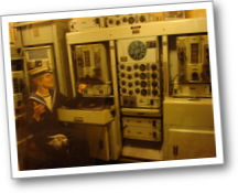 hms belfast radio room 02_th