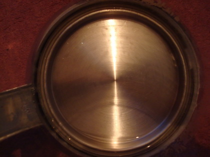 shiny kettle base